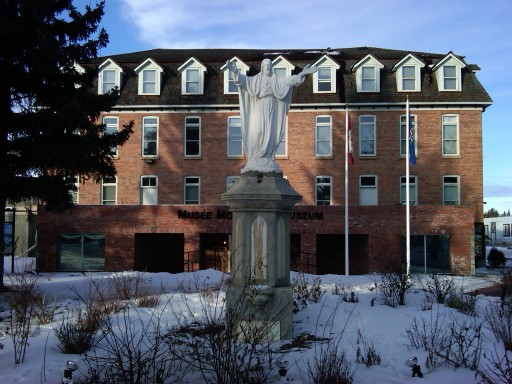 Former Notre Dame Convent, now containing the Musée Morinville. 31 January 2012. (Photo: Hendrik Slegtenhorst)