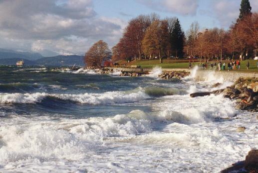 The Seawall at Stanley Park, Vancouver, 19 November 2001 (Photo: Hendrik Slegtenhorst)
