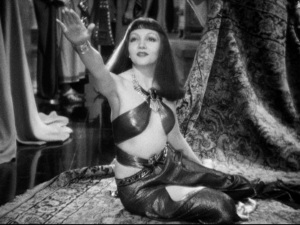 Cleopatra 1934. Greetings to Caesar from Egypt!
