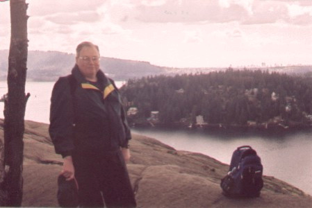 On the bluffs above Deep Cove, 5 March 2002. (Photo: Gloria Steel)