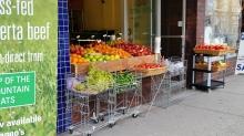 Aradise Grocery, Denman Street, West End, Vancouver. 22 June 2016. (Photo: Hendrik Slegtenhorst)
