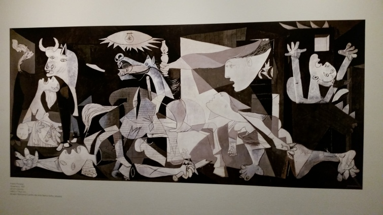Picasso: Guernica -photo reduction at Vancouver Art Gallery (Photo: Hendrik Slegtenhorst)