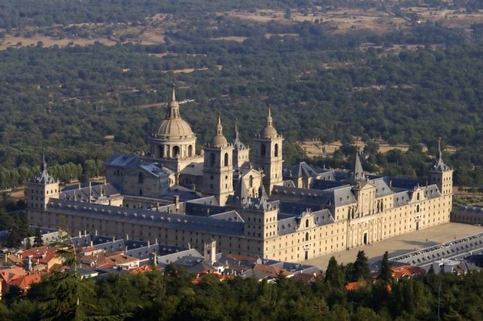 Vista_aerea_del_Monasterio_de_El_Escorial