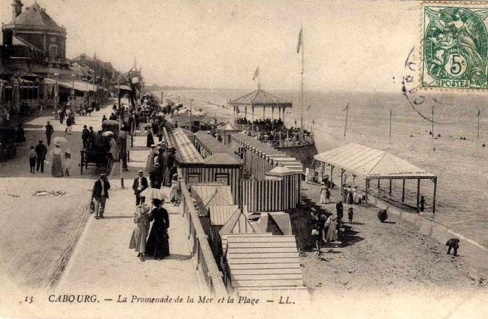 The promenade at Cabourg.