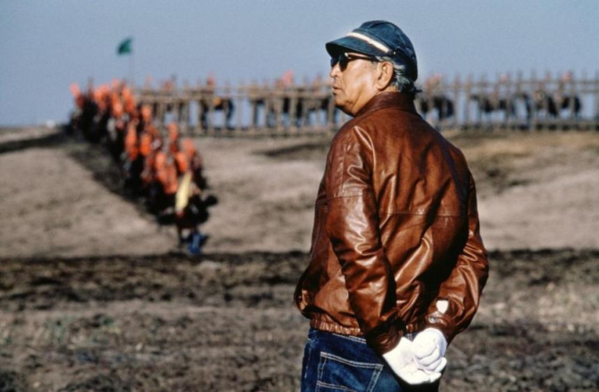 Kurosawa directing the final sequence of Kagemusha
